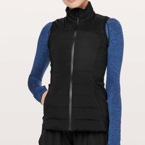 Lululemon Down For It All Vest Size 4 NWT
